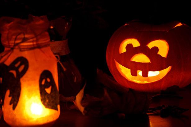 halloween-pumpkin-and-lights