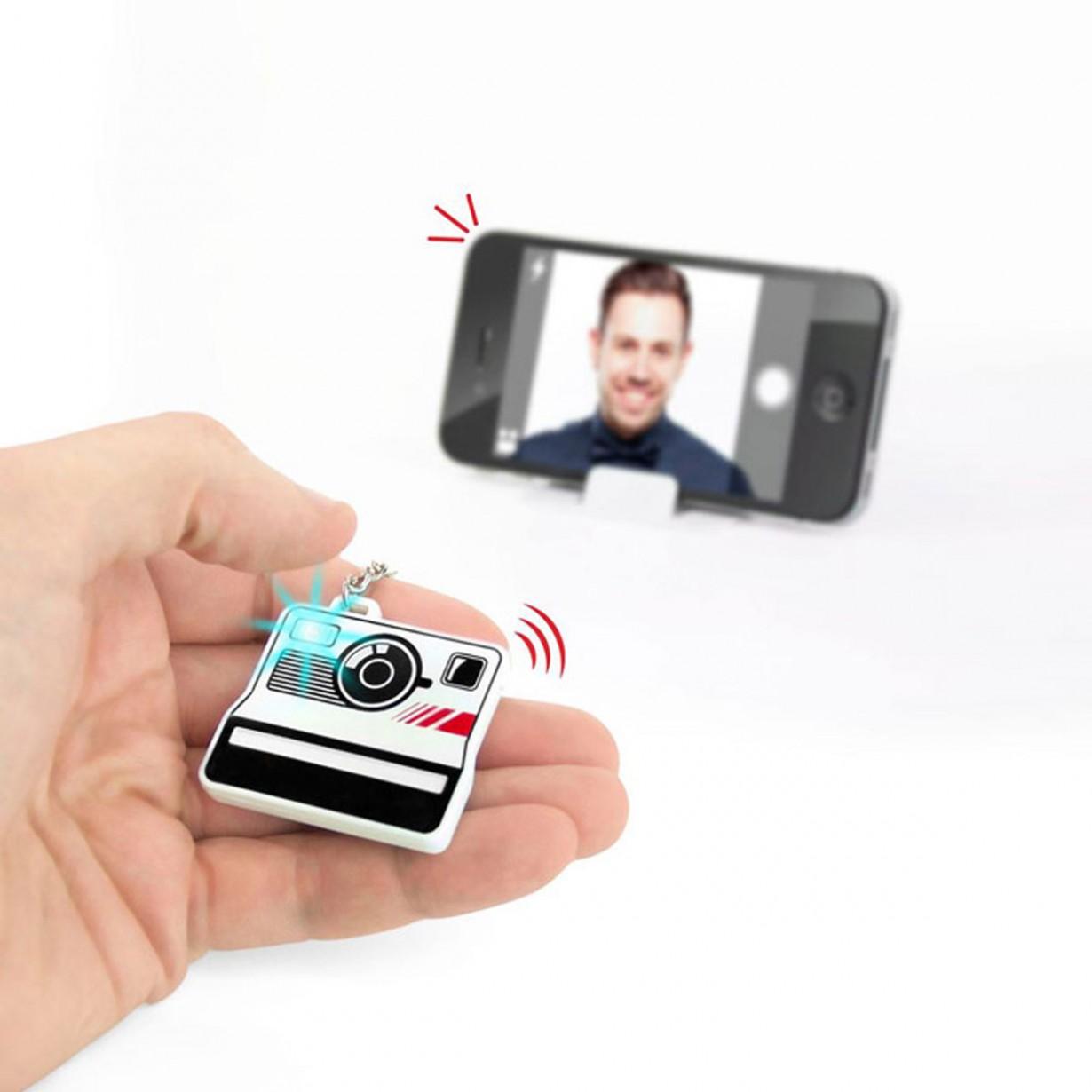 telecomando-bluetooth-per-selfie-selfieme-2e7